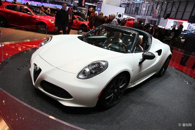 阿尔法罗密欧4C Spider概念车日内瓦发布
