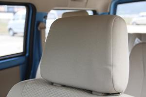 启腾M70驾驶员头枕图片