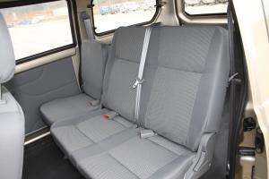 福汽启腾 M70 后排座椅