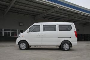 福汽启腾 M70 正侧(车头向左)