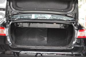 B90行李箱空间
