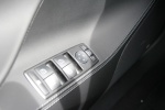 Model S(进口)车窗升降键图片