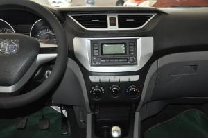 森雅S80中控台正面图片
