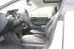 Model S(进口)前排空间图片