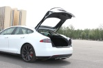 Model S(进口)行李厢开口范围图片