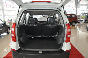 森雅S80行李箱空间图片