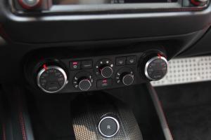 法拉利California 中控台空调控制键