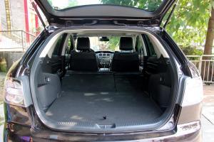 马自达CX-7行李箱空间图片