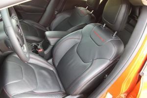 自由光(进口)驾驶员座椅图片
