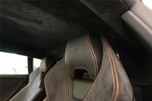 Huracan驾驶员头枕图片