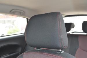 吉利新美日两厢驾驶员头枕图片