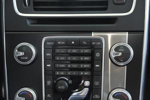 V60中控台音响控制键
