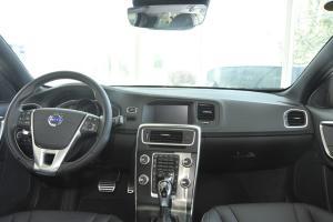 沃尔沃V60(进口)完整内饰(中间位置)图片