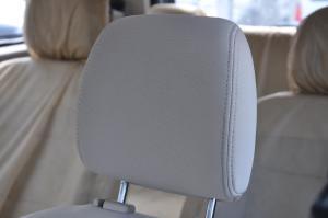 五菱宏光驾驶员头枕图片