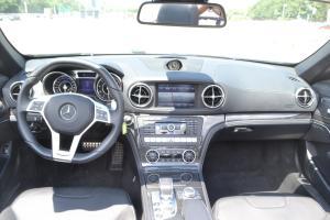 奔驰SL级AMG(进口)完整内饰(中间位置)图片