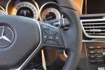 奔驰E级                 方向盘功能键(右)