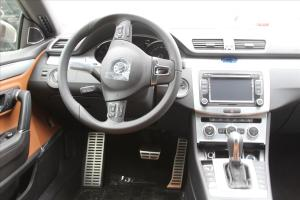 一汽-大众CC完整内饰(驾驶员位置)图片