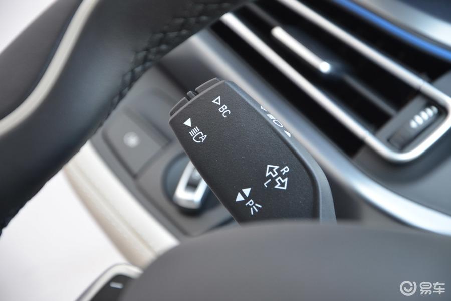 【宝马i82014款高配型大灯远近光调节柄汽车图片-汽车