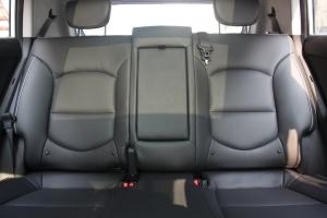 ix25后排座椅