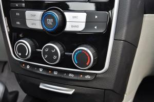 V3菱悦 中控台空调控制键
