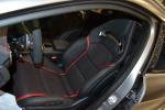 奔驰GLA级AMG            驾驶员座椅