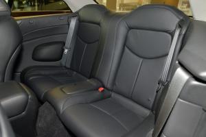 Q60后排座椅