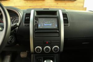 风度MX6中控台正面图片