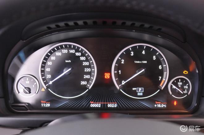 宝马5系5系仪表盘背光显示