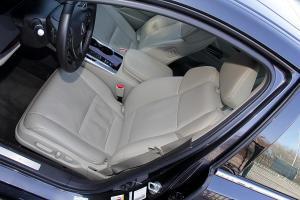 讴歌TLX 驾驶员座椅