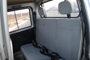 东风小康K02后排座椅图片