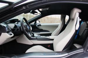 宝马i8(进口)前排空间图片
