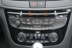 508中控台空调控制键