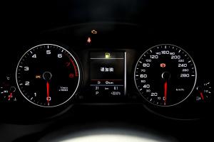 奥迪Q5(进口)仪表盘背光显示图片