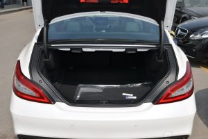 进口奔驰CLS级AMG 行李箱空间