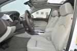 凯迪拉克SRX(进口)前排空间图片