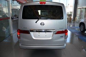 日产NV200 正车尾