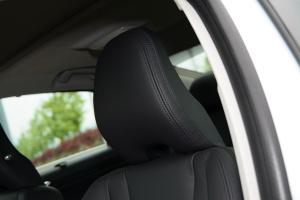 沃尔沃S60L驾驶员头枕图片