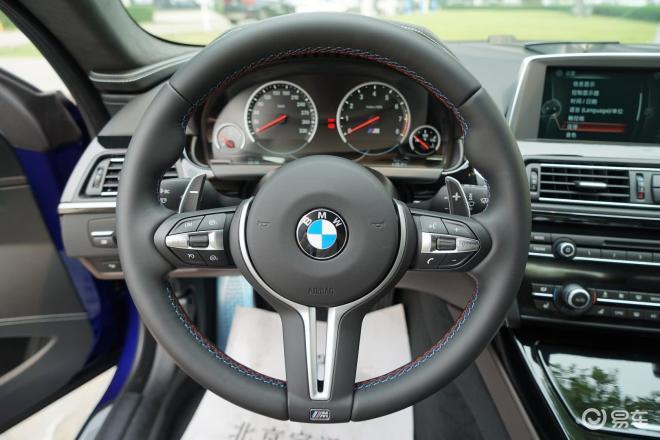 宝马M6宝马M6方向盘