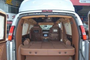 GMC商务之星(进口)行李箱空间图片