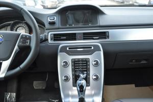 沃尔沃S80L中控台整体图片