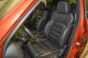 英菲尼迪ESQ驾驶员座椅图片