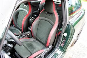 MINI JCW驾驶员座椅图片
