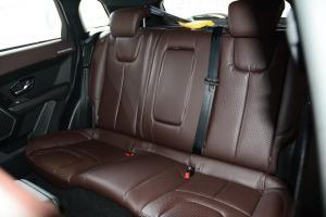 X7后排座椅