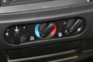 凯锐800                中控台空调控制键