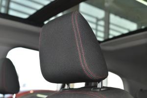 进口宝马2系多功能旅行车 驾驶员头枕