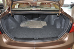比亚迪G6 行李箱空间