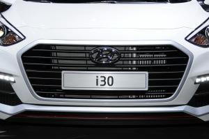 现代i30现代i30图片