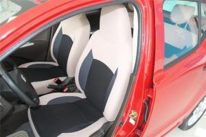 云100驾驶员座椅图片
