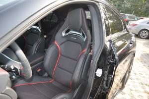 奔驰CLA级AMG驾驶员座椅图片