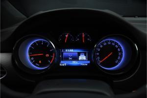 威朗轿跑仪表盘背光显示图片